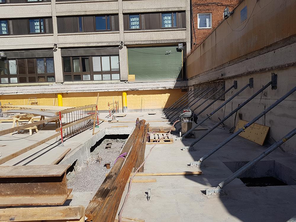 Sågning av garageplan och nya fundamenthål på Scandic city i Norrköping